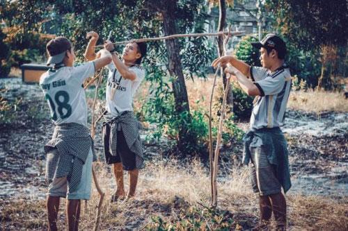 Bộ ảnh hồi ức tuổi thơ gây sốt của 4 chàng SV báo chí - 11