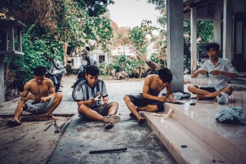 Bộ ảnh hồi ức tuổi thơ gây sốt của 4 chàng SV báo chí - 12