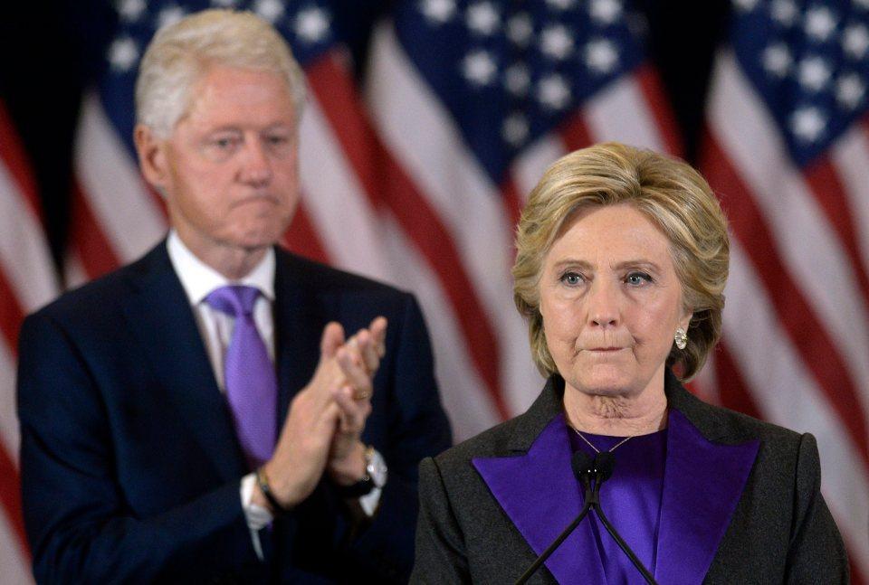Obama hối thúc bà Clinton nhận thua đêm bầu cử - 1