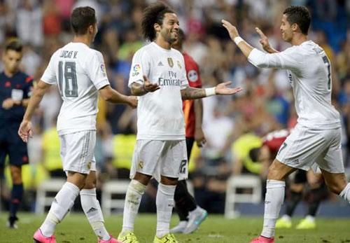 Real thắng nhọc & kỉ lục: Đá thế sẽ thua El Clasico - 1
