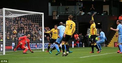 Chi tiết Watford - Stoke City: Nỗ lực vô vọng (KT) - 4