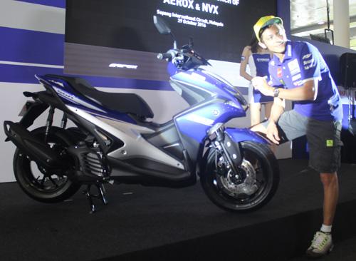 """Đánh giá Yamaha NVX 2017: Sự thay thế hoàn hảo cho """"tiền bối"""" - 1"""