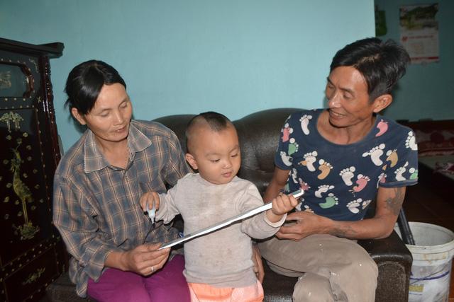 Điều kỳ diệu trong gia đình người đàn ông bị nhiễm HIV - 2