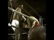 """Mike Tyson """"lên voi, xuống ngựa"""" đều bằng knock-out"""