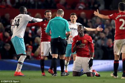 """MU - Mourinho: Top 4 xa dần & serie kỉ lục tệ """"vô đối"""" - 3"""