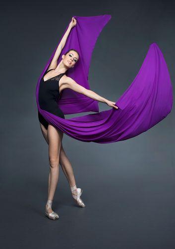"""Đôi chân quyến rũ như """"Thiên nga"""" Chloe Glemot - 4"""