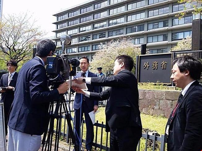 Hãng phim Nhật - TV Tokyo làm phim về làng chài Mũi Né - 1