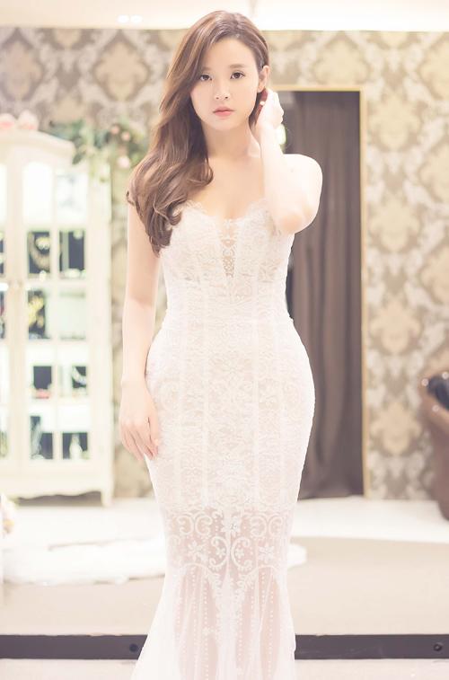 Midu xúng xính váy áo sang Hàn gặp Lee Min Ho - 4