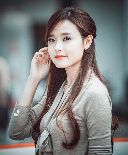 Midu xúng xính váy áo sang Hàn gặp Lee Min Ho - 9