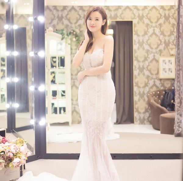 Midu xúng xính váy áo sang Hàn gặp Lee Min Ho - 6