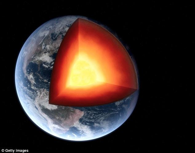 Đại dương ngầm sâu 1.000 km quyết định sự sống Trái đất - 1
