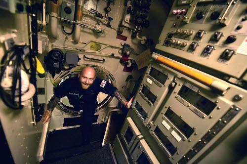 Cuộc sống tiện nghi của lính trên tàu ngầm hạt nhân Anh - 7