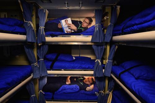 Cuộc sống tiện nghi của lính trên tàu ngầm hạt nhân Anh - 13