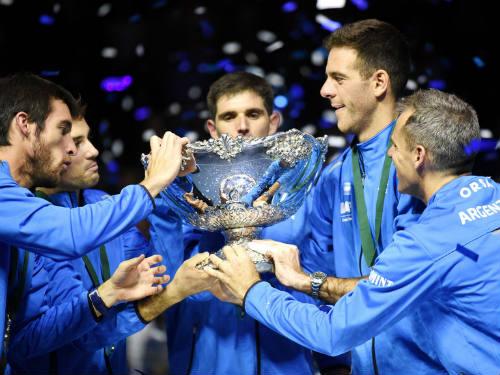 Tin thể thao HOT 28/11: Argentina đăng quang nghẹt thở Davis Cup - 1