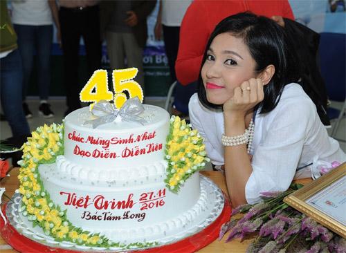 Việt Trinh góp nửa tỷ mổ mắt cho bệnh nhân nghèo - 3