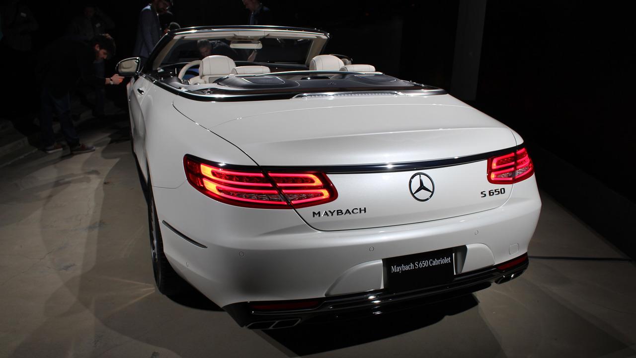"""Mercedes """"tuyển chọn"""" khách hàng mua Maybach S650 Cabriolet - 2"""