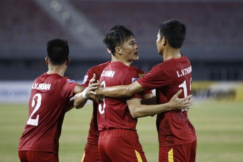 Bức tranh sáng tối của ĐT Việt Nam tại AFF Cup - 1