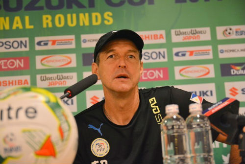 Những HLV có nguy cơ mất việc sau vòng bảng AFF Cup - 1