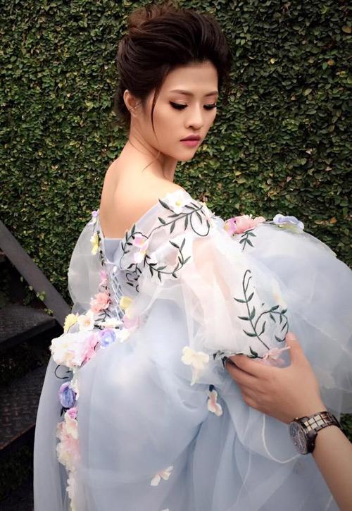 Nữ DJ bốc lửa khoe ảnh cưới lãng mạn với cựu tiền đạo Việt Thắng - 1