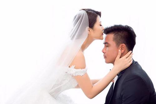 Nữ DJ bốc lửa khoe ảnh cưới lãng mạn với cựu tiền đạo Việt Thắng - 5