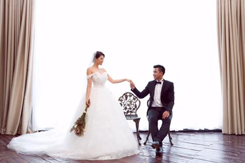 Nữ DJ bốc lửa khoe ảnh cưới lãng mạn với cựu tiền đạo Việt Thắng - 8