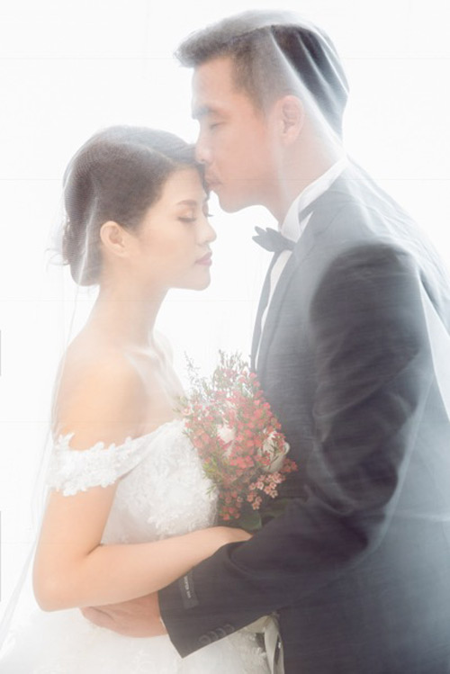 Nữ DJ bốc lửa khoe ảnh cưới lãng mạn với cựu tiền đạo Việt Thắng - 11
