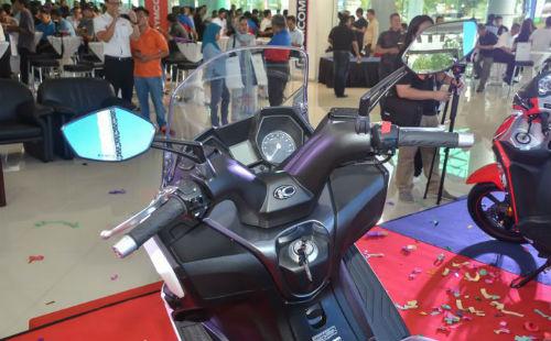 2017 Kymco Downtown 250i ra mắt, giá 115 triệu đồng - 3