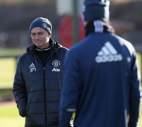 MU: Mourinho khởi đầu tệ y hệt… Sir Alex - 2