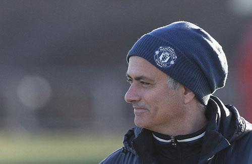 MU: Mourinho khởi đầu tệ y hệt… Sir Alex - 4