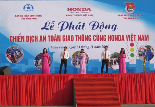 """""""Chiến dịch ATGT cùng Honda Việt Nam"""" tại tỉnh Vĩnh Phúc - 6"""