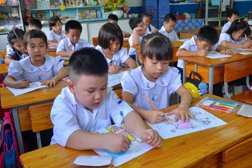 Không được tạo áp lực kiểm tra học sinh tiểu học - 1