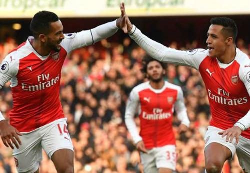 """Bất bại 12 trận, Arsenal vẫn bị """"ám ảnh"""" vị trí thứ 4 - 1"""