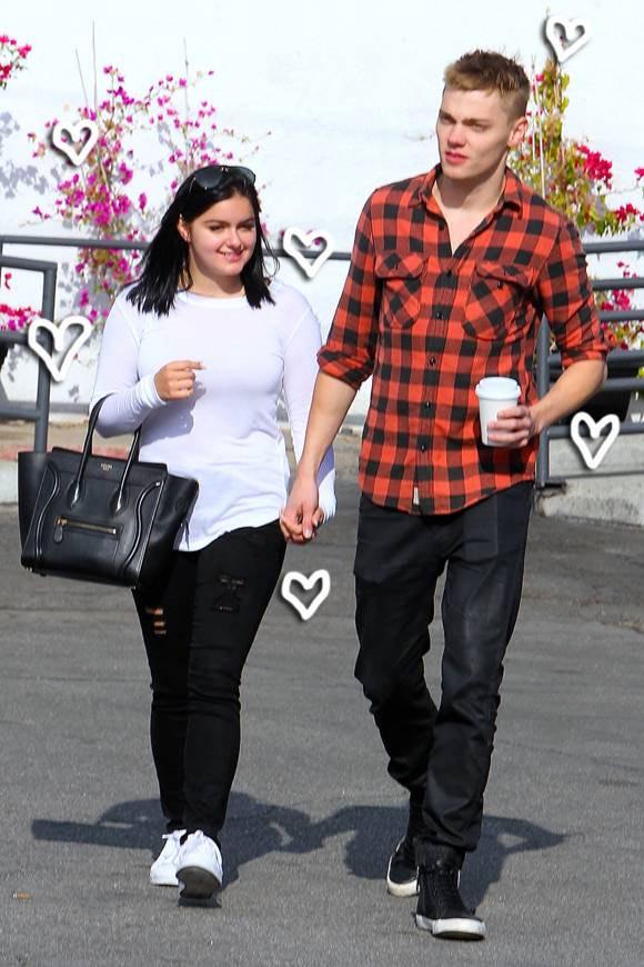 Cô béo đẹp nhất Hollywood mặc đồ ngắn trên hở dưới - 3