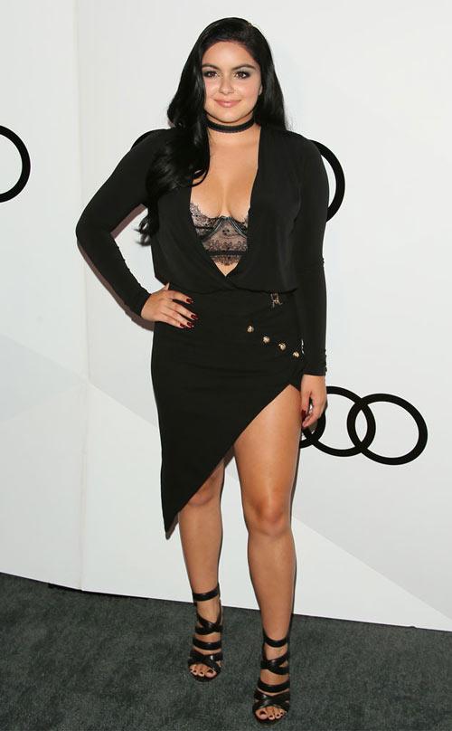 Cô béo đẹp nhất Hollywood mặc đồ ngắn trên hở dưới - 9