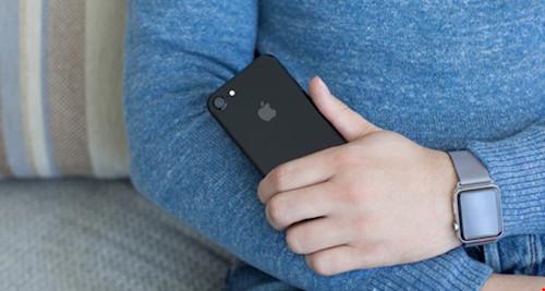 Người dùng iPhone ít trung thực và dễ xúc động - 1
