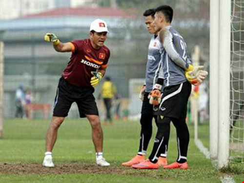 HLV thủ môn Võ Văn Hạnh: Thái gặp Myanmar 'xương' lắm! - 1