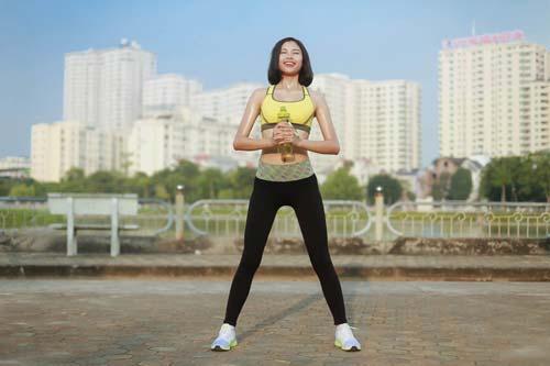Người đẹp Đào Thị Hà luyện dáng sexy mà chẳng cần gym - 13