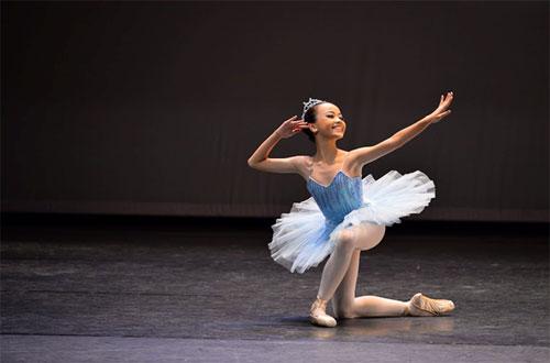 Gặp gỡ nữ sinh 13 tuổi với hơn 10 năm trên sàn diễn Ballet - 2