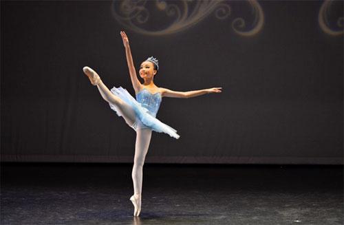 Gặp gỡ nữ sinh 13 tuổi với hơn 10 năm trên sàn diễn Ballet - 3