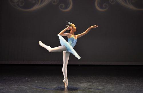 Gặp gỡ nữ sinh 13 tuổi với hơn 10 năm trên sàn diễn Ballet - 4