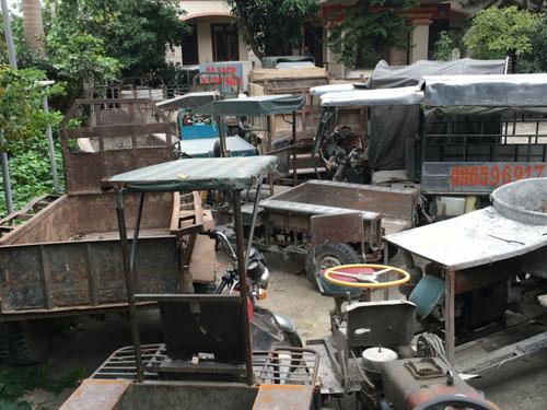 """CSGT Hà Nội """"đau đầu"""" vì bãi xe vi phạm quá tải - 1"""