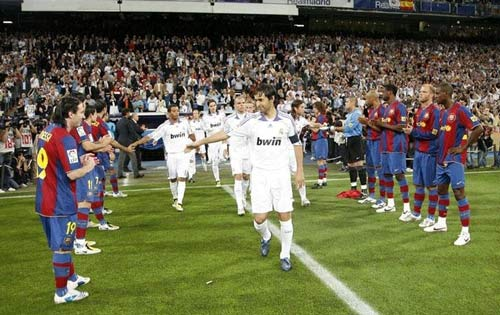 Siêu kinh điển Barcelona - Real Madrid: Vô vọng cho kẻ bám đuổi - 2