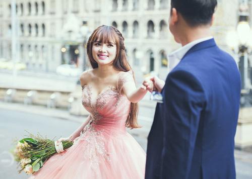 Vợ chồng Lê Hoàng (The Men) chụp ảnh cưới lãng mạn tại trời Tây - 2