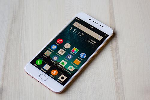 Vivo V5: Smartphone đầu tiên trên thế giới có camera trước 20MP - 2