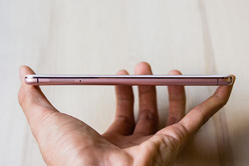 Vivo V5: Smartphone đầu tiên trên thế giới có camera trước 20MP - 9