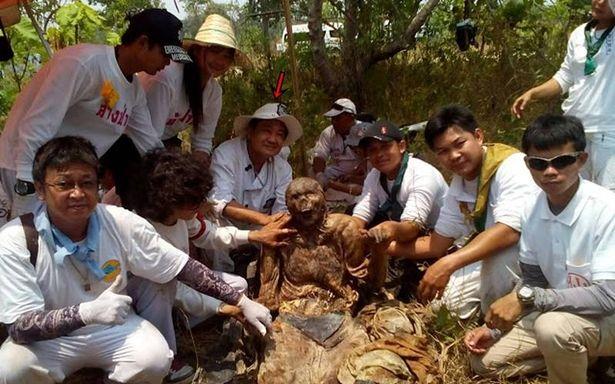 Phát hiện xác xăm kín người, da còn nguyên vẹn ở Thái Lan - 3