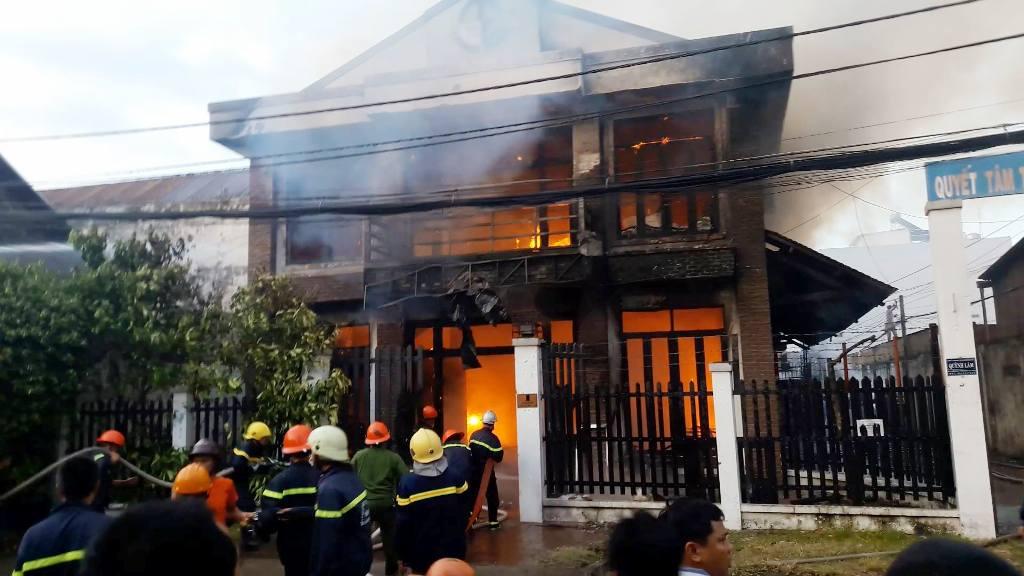 Vụ cháy 2 người chết ở SG: Một nạn nhân bị phỏng không nói được - 1