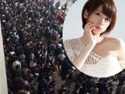 """Hàng nghìn đàn ông xếp hàng 4km để ngắm """"nữ thần"""" Nhật"""