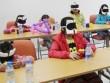 Bịt mắt kích hoạt não cho trẻ: Lợi bất cập hại