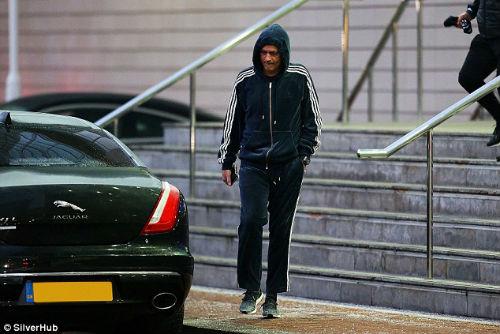 Mourinho hành xử như muốn mình bị sa thải - 5